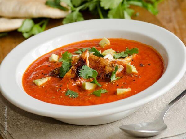 Tomaten-Hähnchen-Suppe