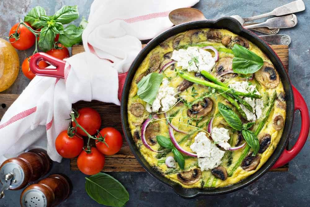 Frittata mit Champignons und Spargel