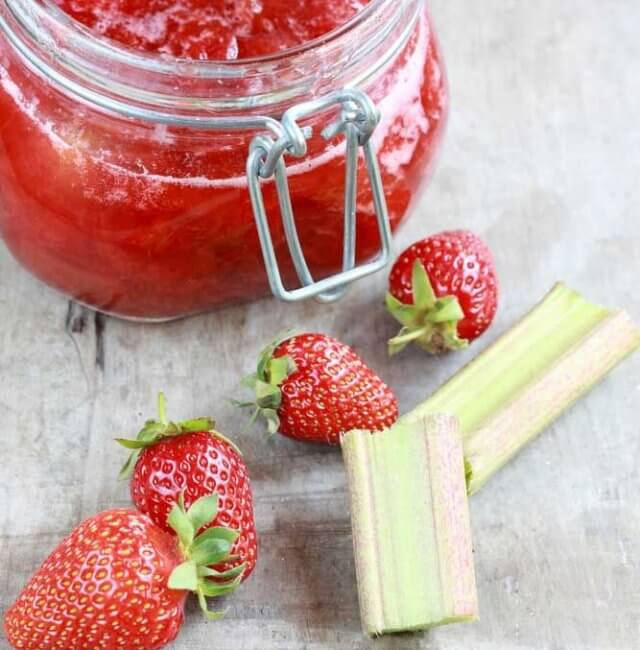 Rhabarber-Erdbeer-Konfitüre