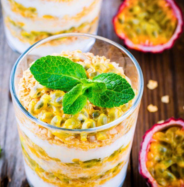Joghurt-Dessert mit Passionsfrucht