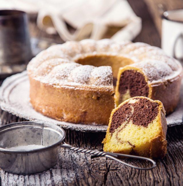 Kleiner Dinkel-Marmorkuchen