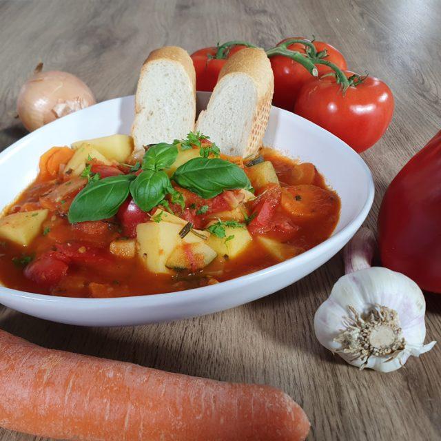 Kartoffel-Paprika-Zucchini-Eintopf