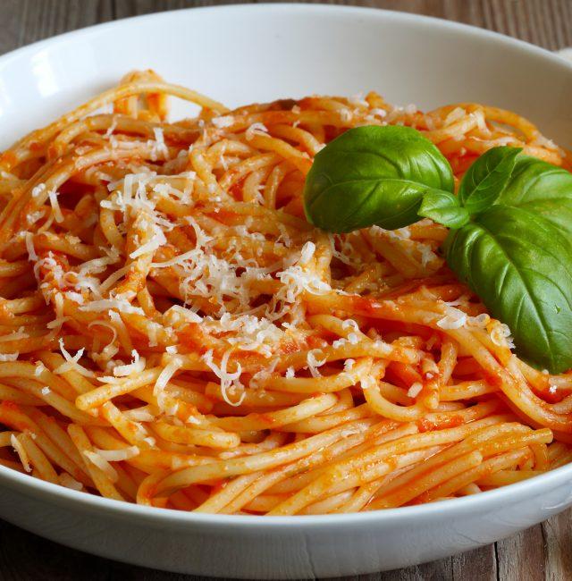 Feta-Spaghetti